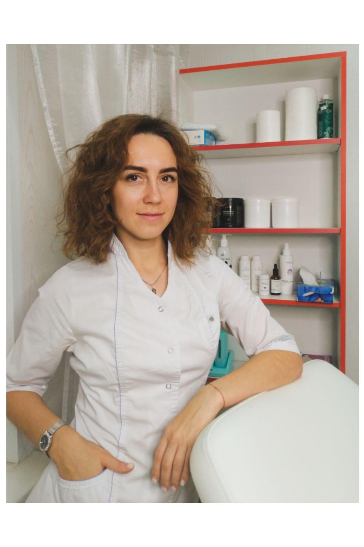 Мастер шугаринга Анастасия Попова